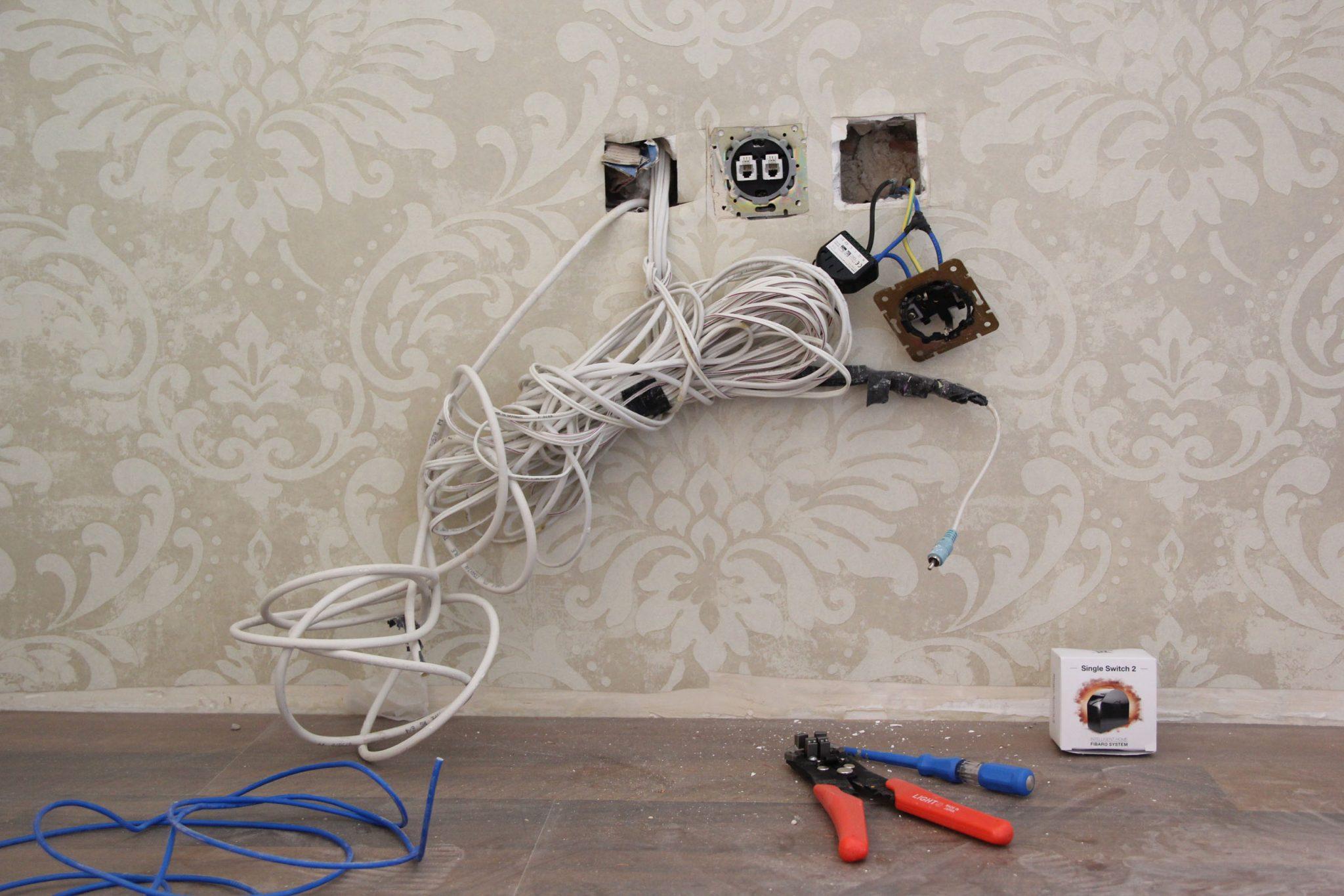 نصب رله هوشمند جهت کنترل پریز دیواری